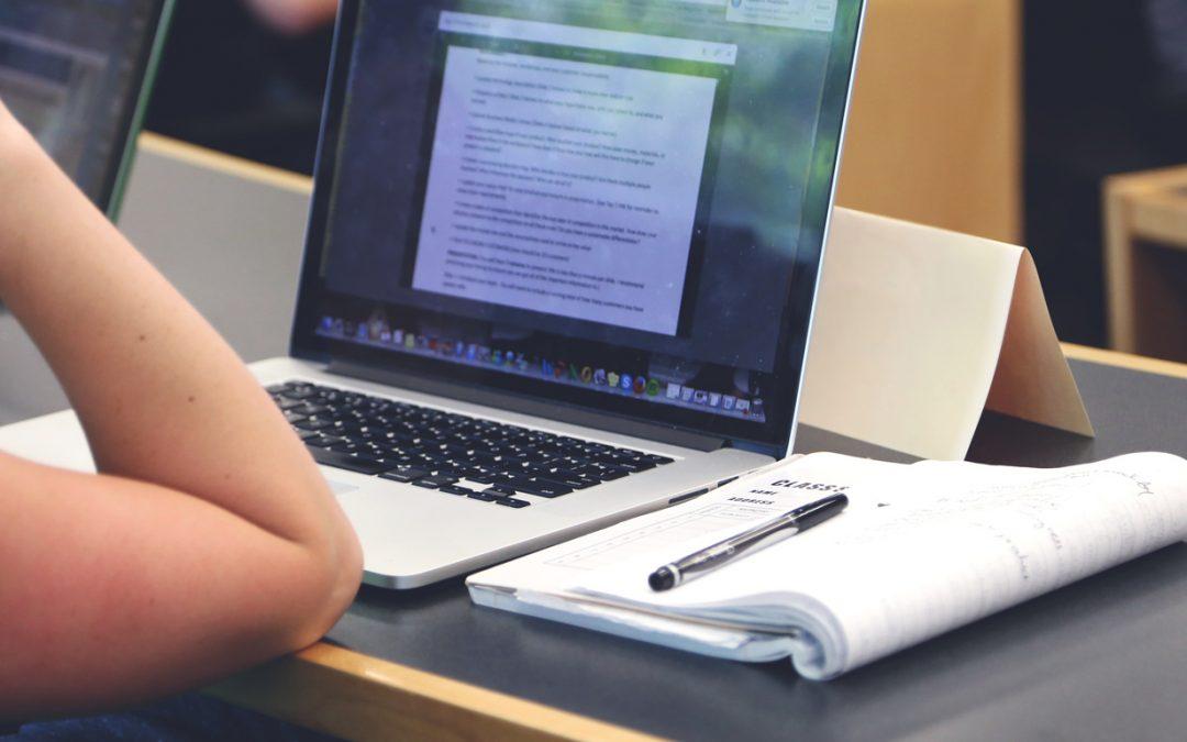 Humaniser l'enseignement à l'ère du numérique : est-ce possible à travers le MOOC ?